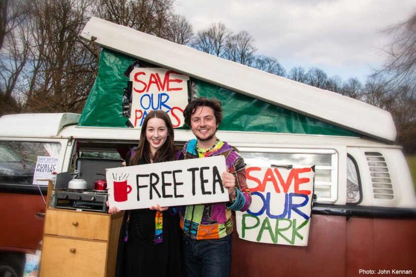 FREE TEA! at the SEFTON PARK MEADOWS Mass Picnic. 1st April 2013
